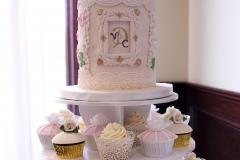 Vintage-Birdcage-Cupcake-Tower