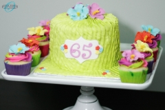 Hawaiian-buttercream-pleated-cake-side-angle-2